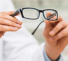 62% popusta na CR stakla za naočare sa ugradnjom + gratis kontola dioptrije